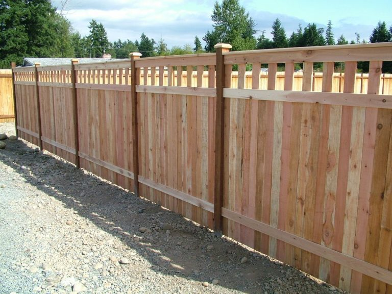 Cedar Wood Privacy Fence Irvine CA